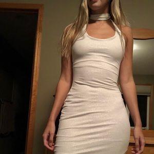 Dresses & Skirts - Custom Simply Beautiful Designs Dress